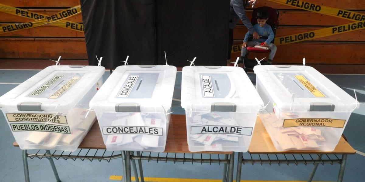 Chile cierra jornada para elegir Convención Constituyente