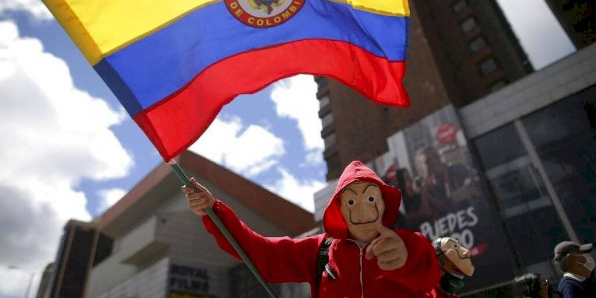 Colombianos logran caída de reforma a la salud tras protestas