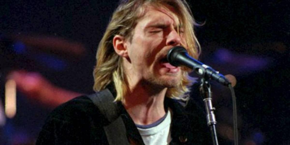 Seguidor de Kurt Cobain paga millonaria suma por seis mechones de pelo del fallecido cantante
