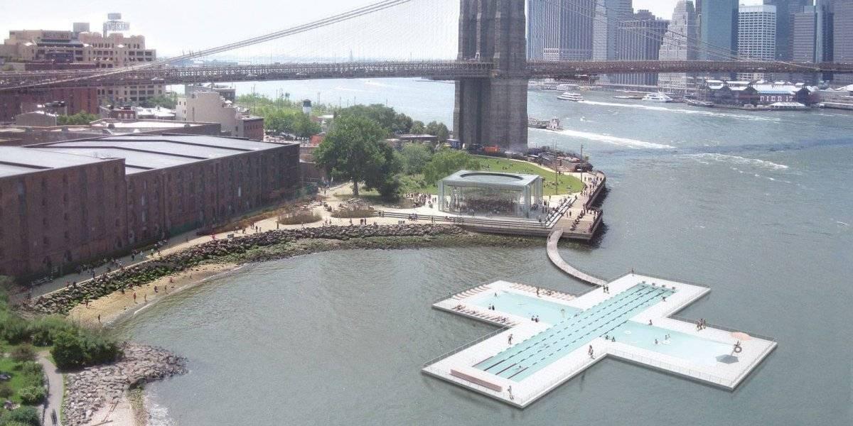 Esta es la piscina flotante que construirán en pleno río de Nueva York