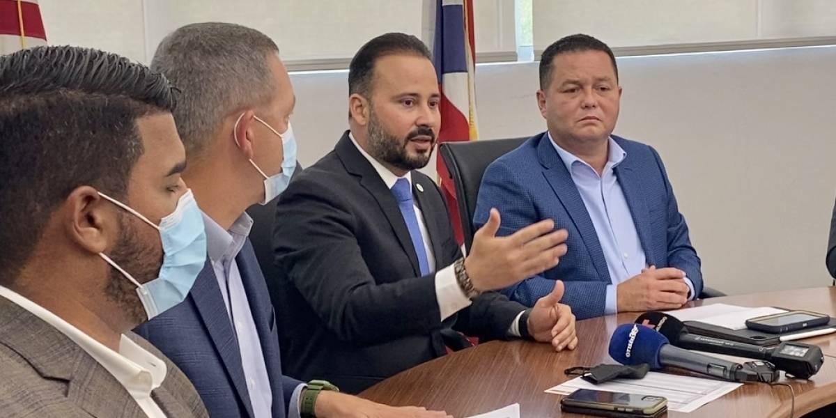 Alcaldes se unen para exigir a la Junta eliminar recortes adicionales a municipios
