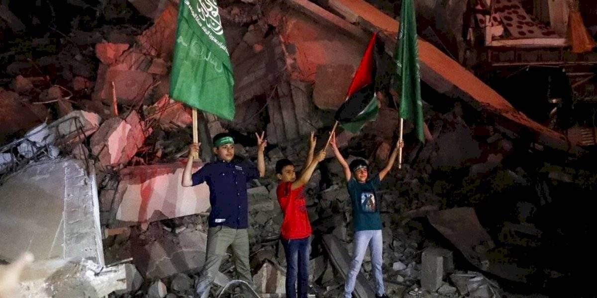 Inicia la tregua en Gaza; los palestinos claman victoria