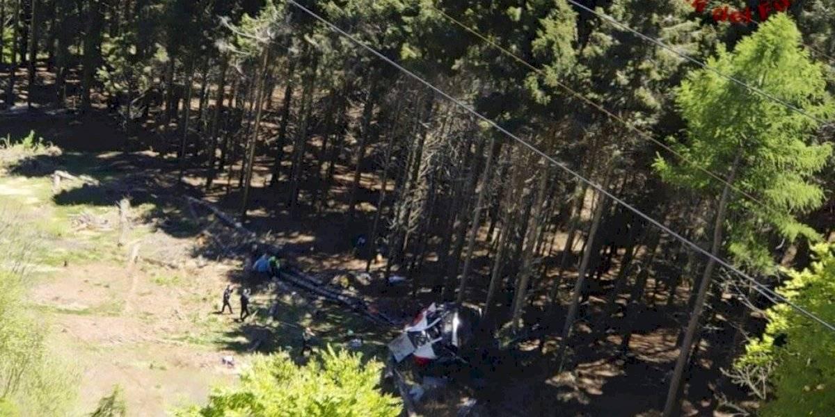 13 muertos al estrellarse teleférico en Italia