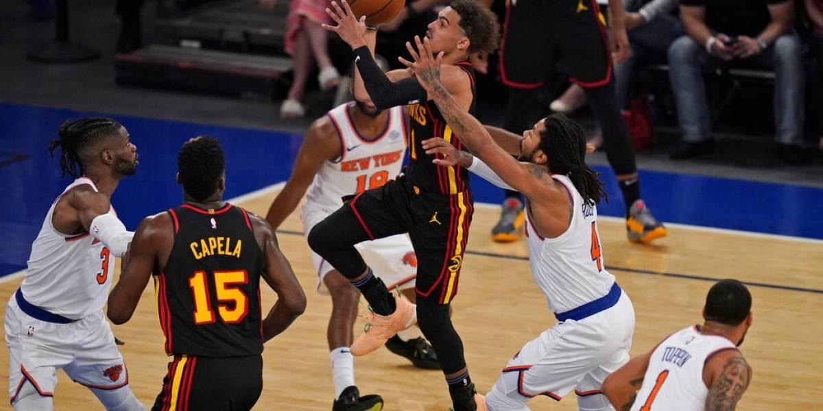 Young define de último segundo por Hawks ante Knicks
