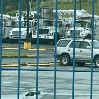 AEE asegura que no ha dejado a trabajadores sin camiones de servicio