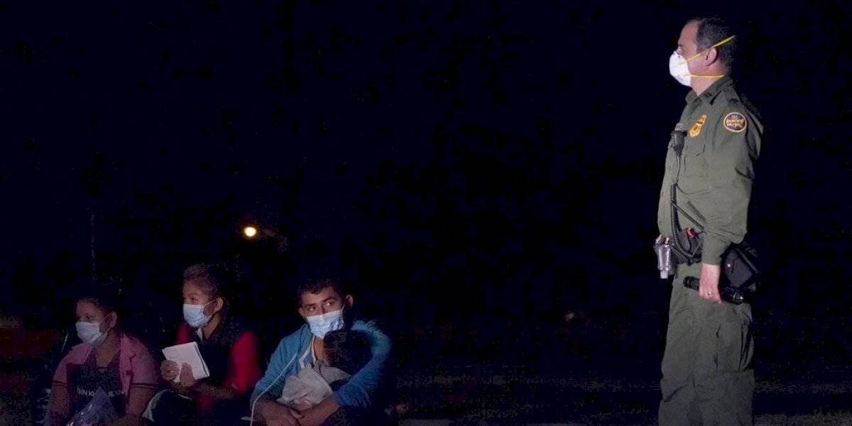 Estados Unidos obligó a padres deportados a dejar hijos en el país