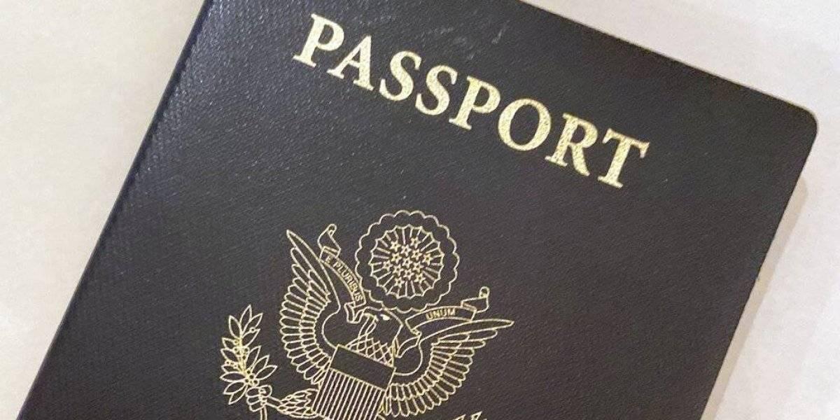 Estados Unidos permite que ciudadanos regresen con pasaporte expirado