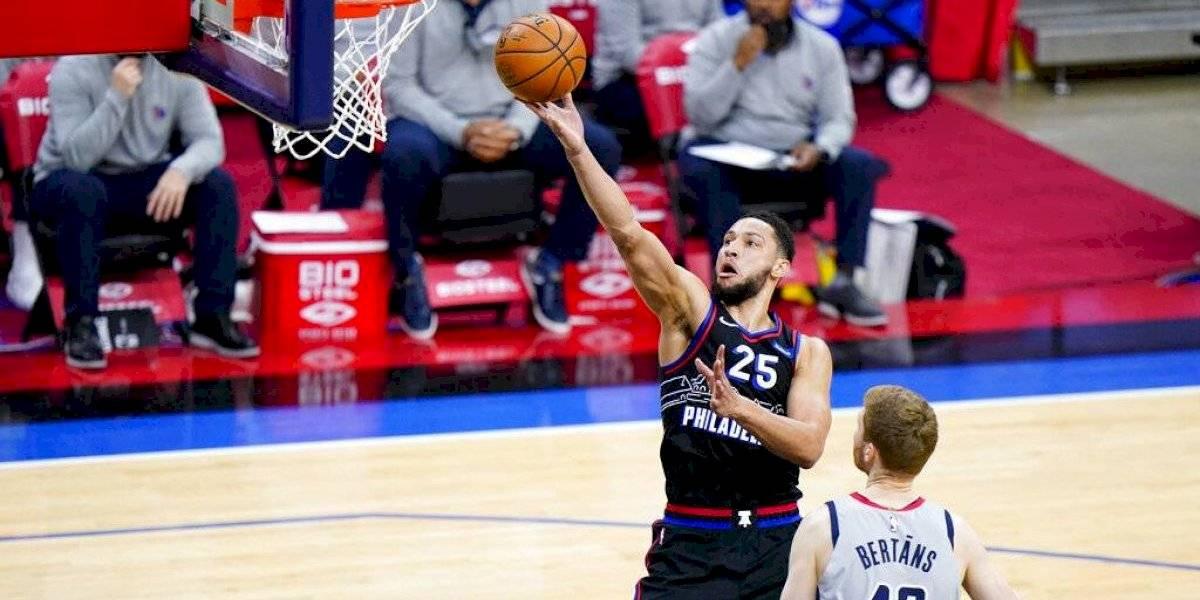 Con Simmons al alza, 76ers estiran ventaja ante Wizards
