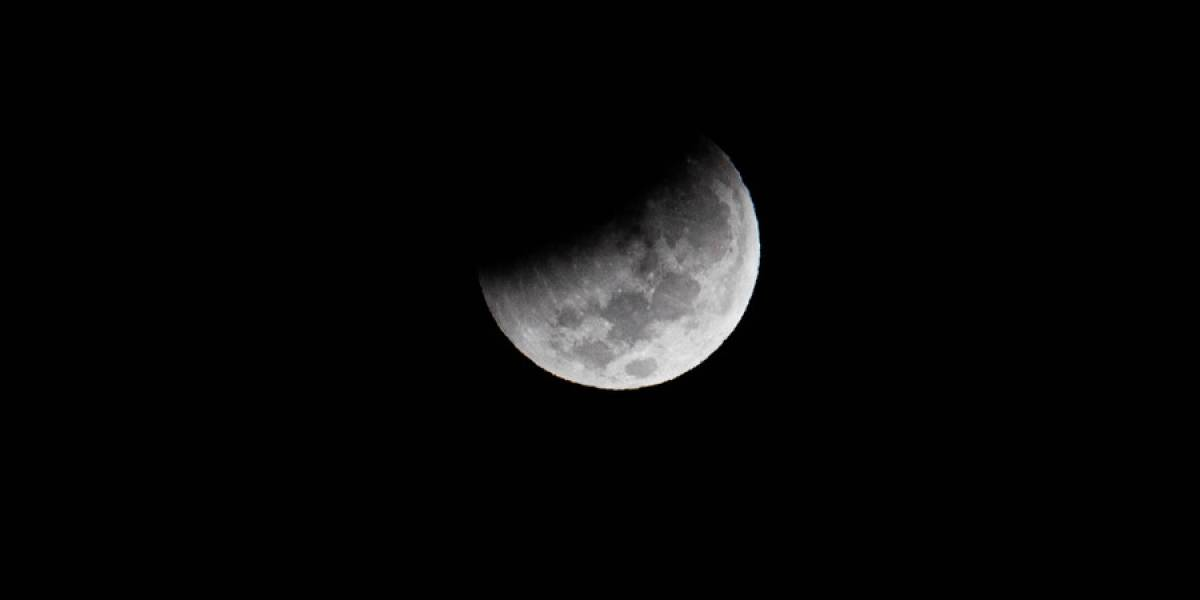 """Eclipse lunar: así se vivió el fenómeno astronómico de la """"luna de sangre"""""""