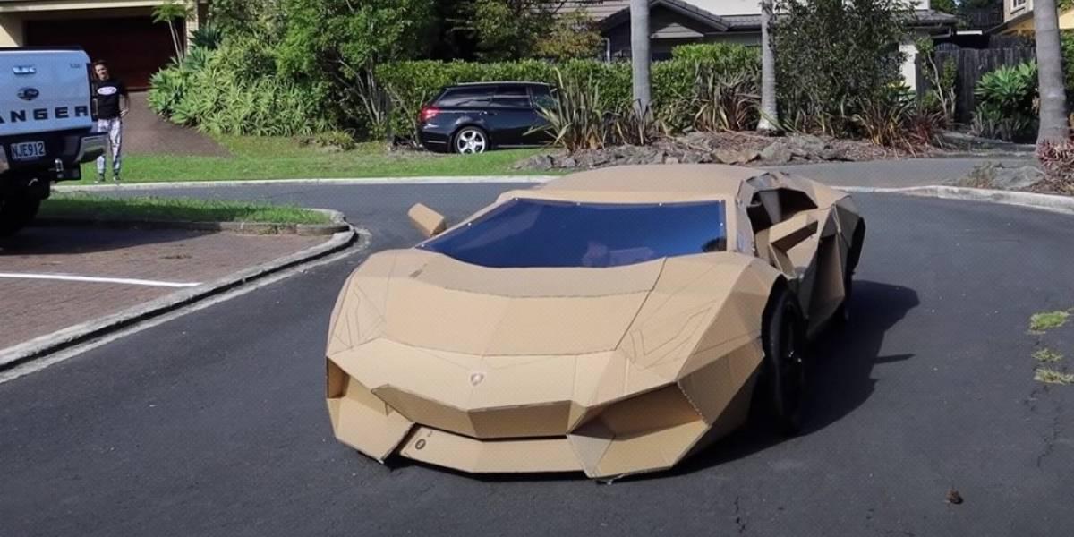 Lamborghini de cartón fue subastado por más de $10 mil en Nueva Zelanda