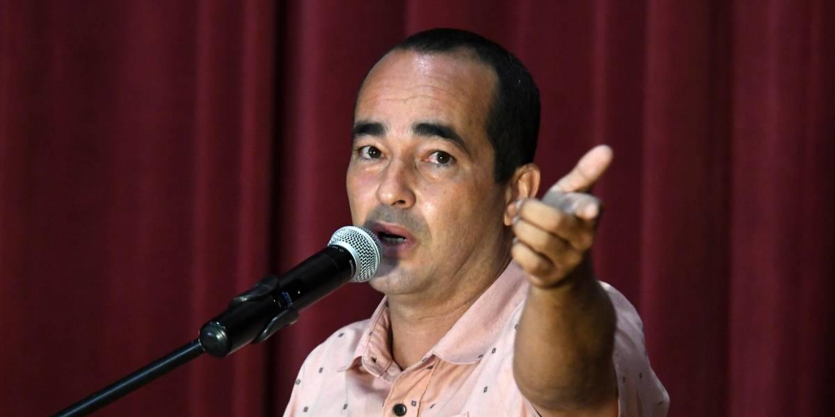 Eliezer Molina no llega a TeleOnce a enfrentarse con La Comay