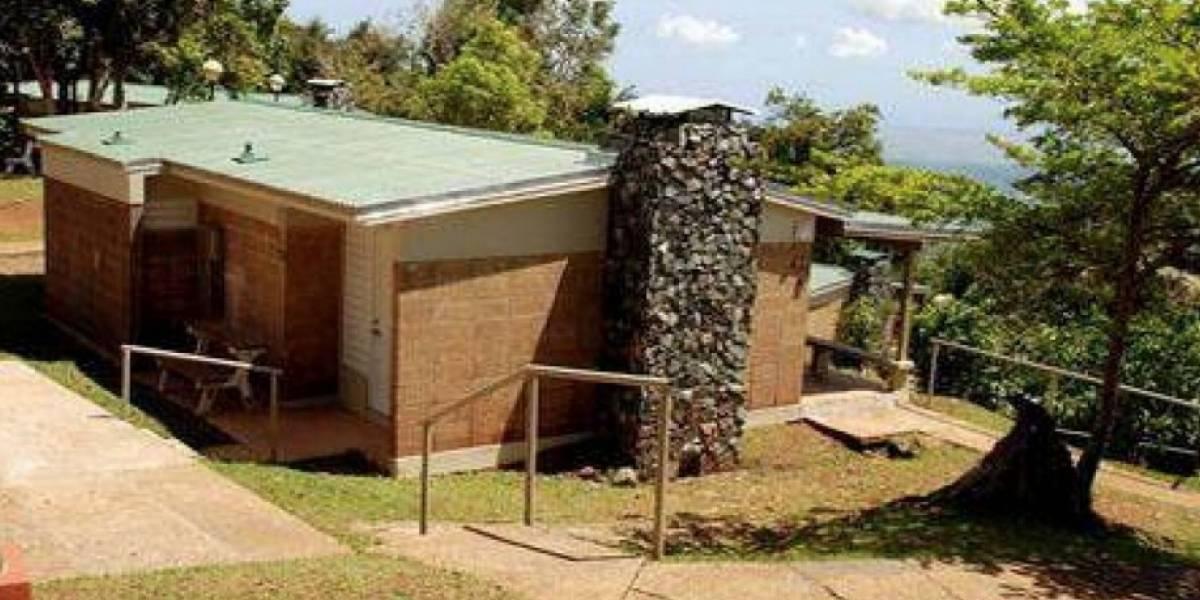 Anuncian reapertura del Centro Vacacional Monte del Estado en Maricao