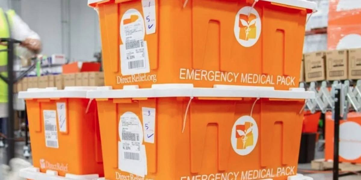 Destinan equipo médico a clínicas de salud en el país ante temporada de huracanes