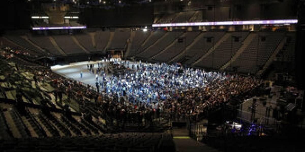 Revolucionario experimento de salud en París: recital rock con 5 mil personas para monitorear contagios