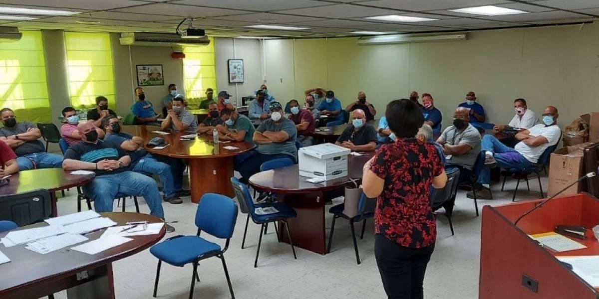 Agencias reúnen a empleados transferidos de la AEE