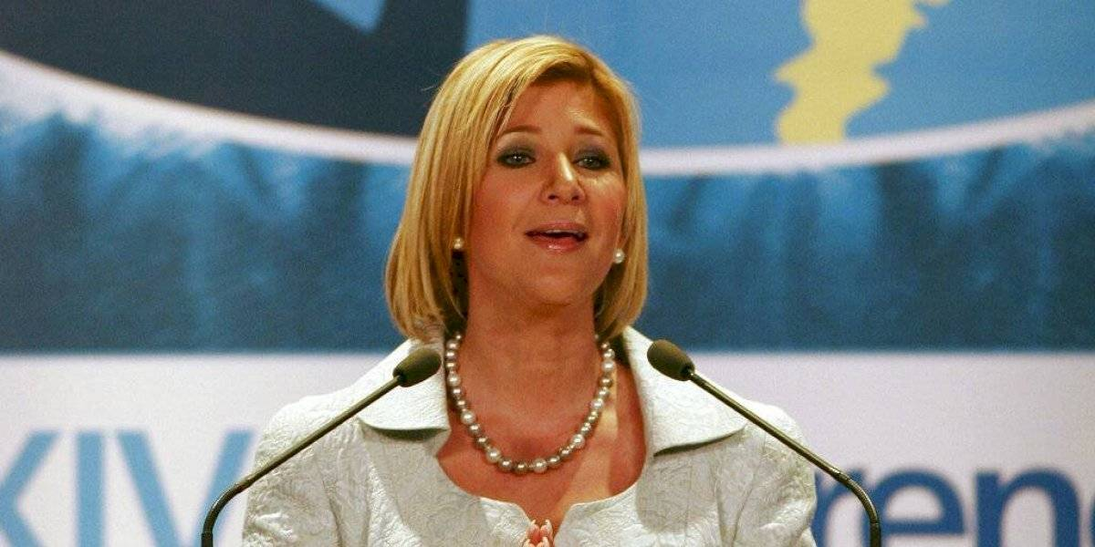 Condenan a 10 años de prisión ex primera dama de El Salvador