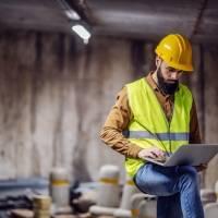 Empresa busca empleados para el área de construcción, aunque no tengan experiencia