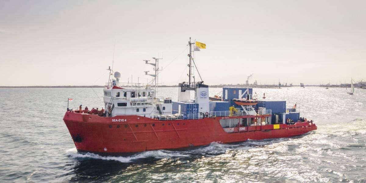 Italia detiene buque alemán de rescate de migrantes