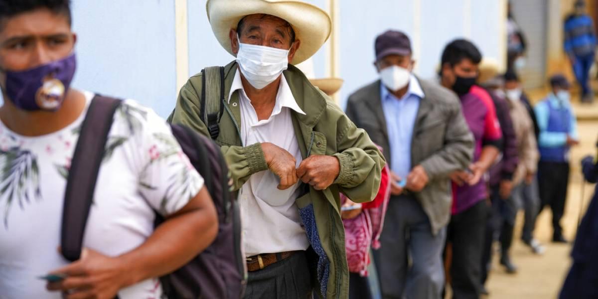 Finaliza balotaje en Perú en busca de nuevo presidente