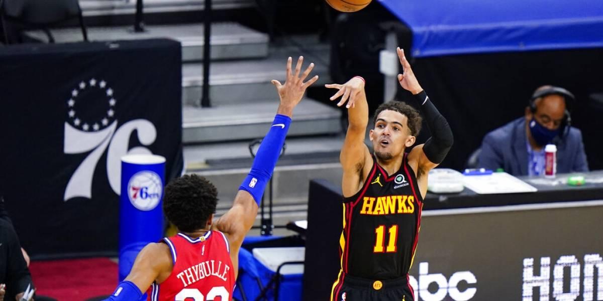 Hawks emboscan a 76ers al abrir la semifinal del Este