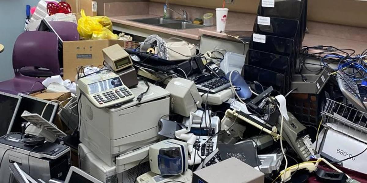 """Denuncian """"saqueo"""" en las oficinas del sistema de retiro de la AEE"""