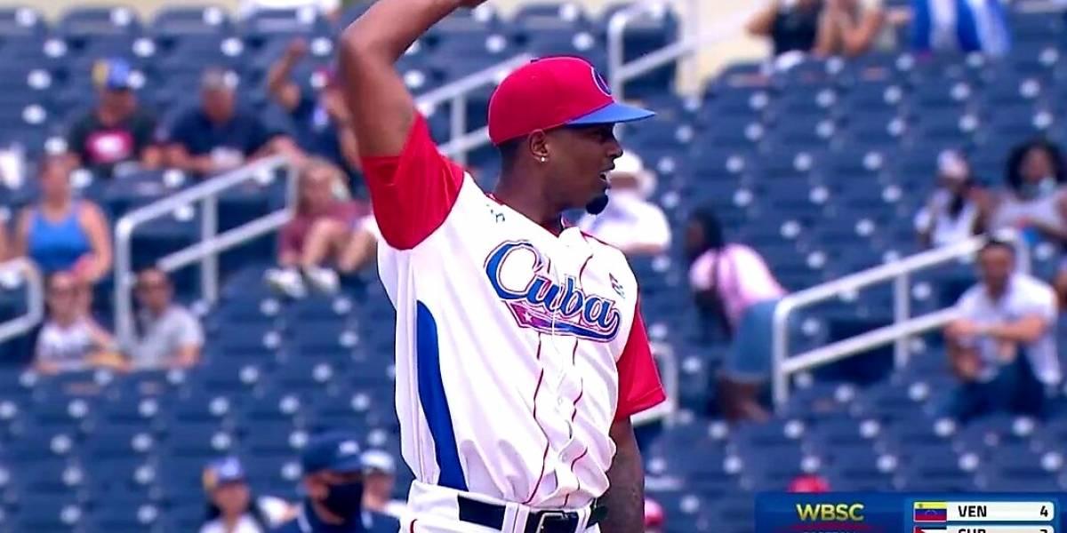 Aumentan deserciones en el equipo cubano de béisbol que participó en Preolímpico en EEUU