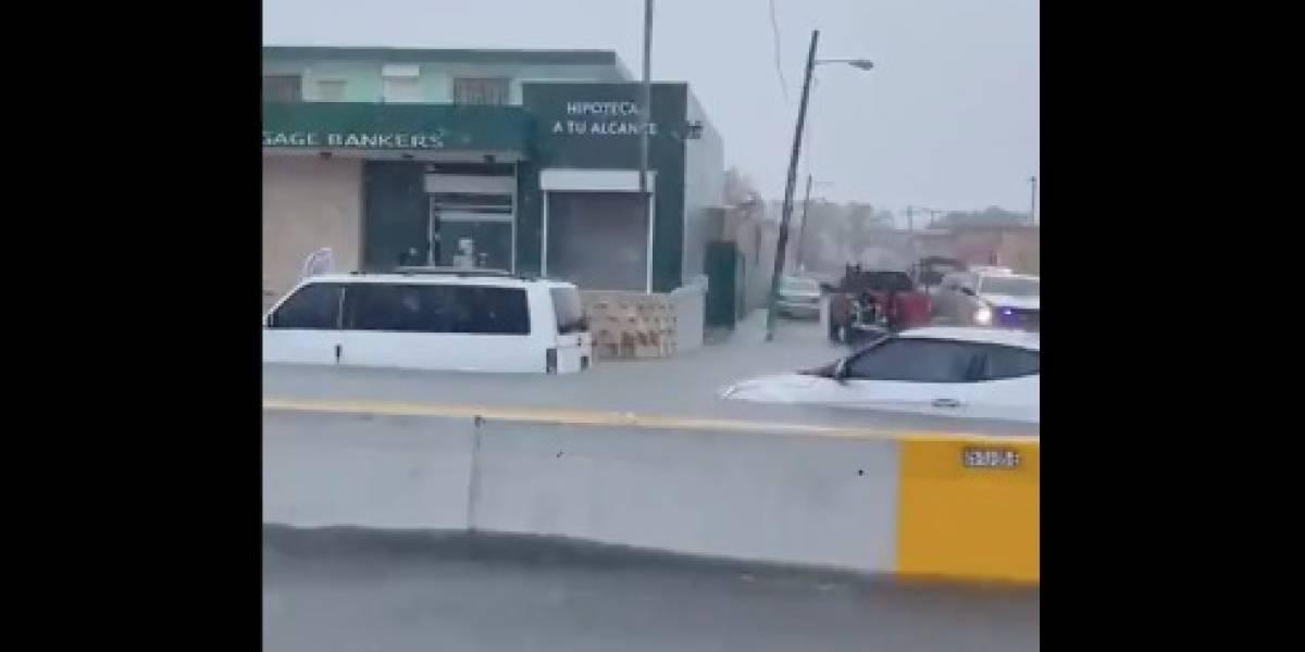 Tres personas atrapadas en San Juan por las fuertes lluvias