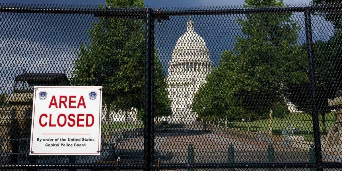 Acusan a seis personas de conspiración por asalto al Congreso de EE. UU.