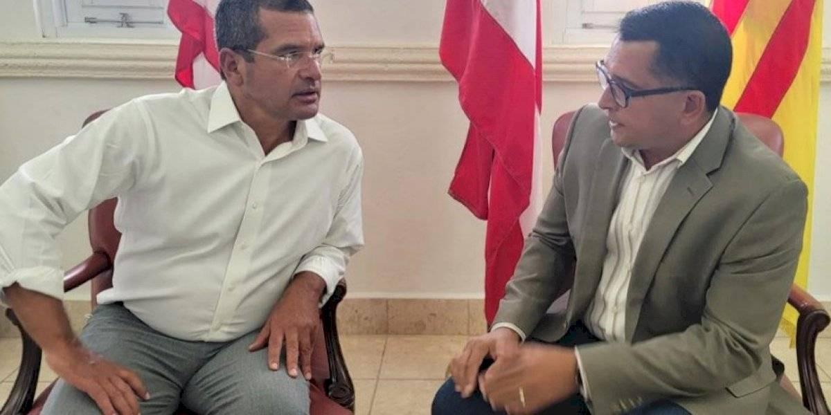 Pedro Pierluisi acoge petición del alcalde de San Lorenzo sobre servicios hospitalarios