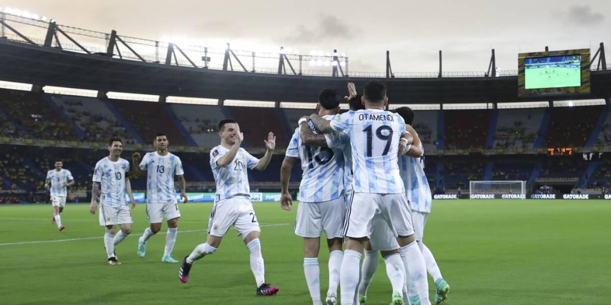 Argentina y Chile se cruzan en su primer duelo de la Copa América