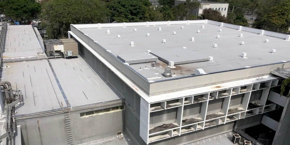 Culmina proyecto de impermeabilización del techo de la Biblioteca José M. Lázaro de UPR-Río Piedras