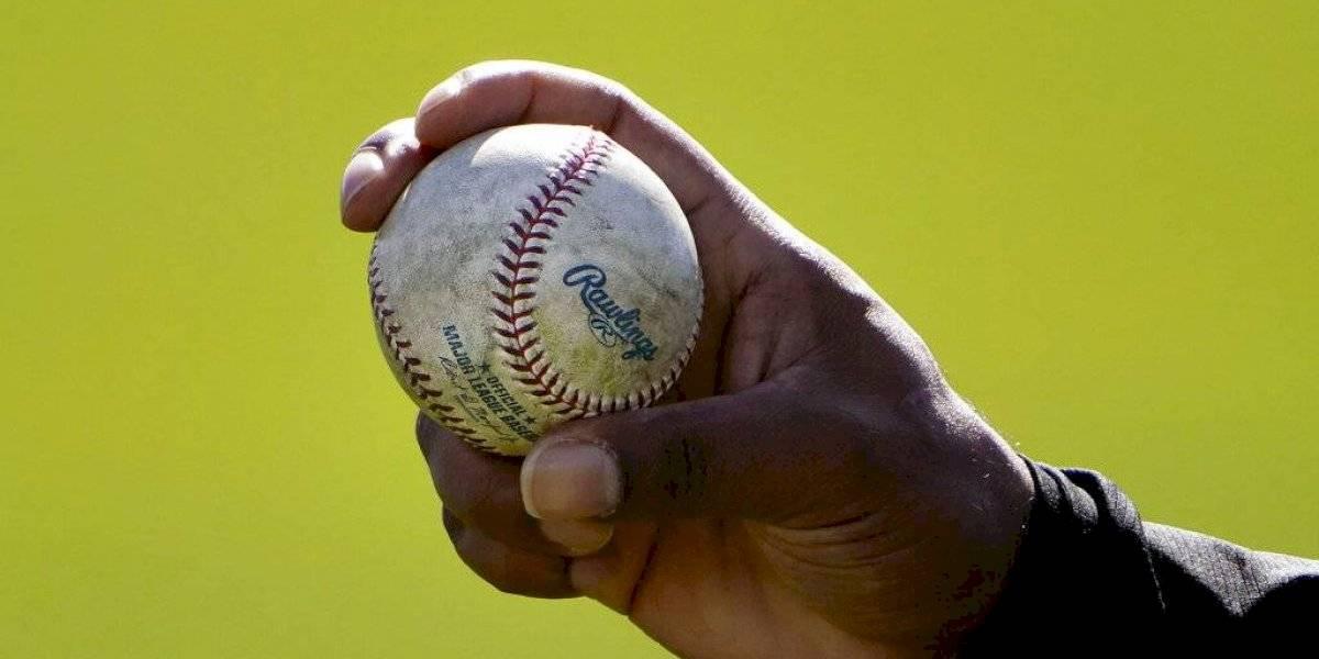 Pitchers serían suspendidos 10 juegos por alterar pelotas