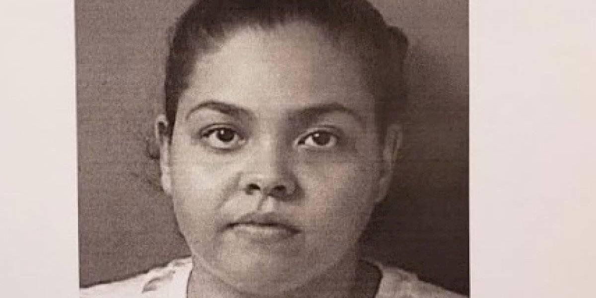 Cargos contra mujer por agredir a su pareja frente a menores en Ceiba