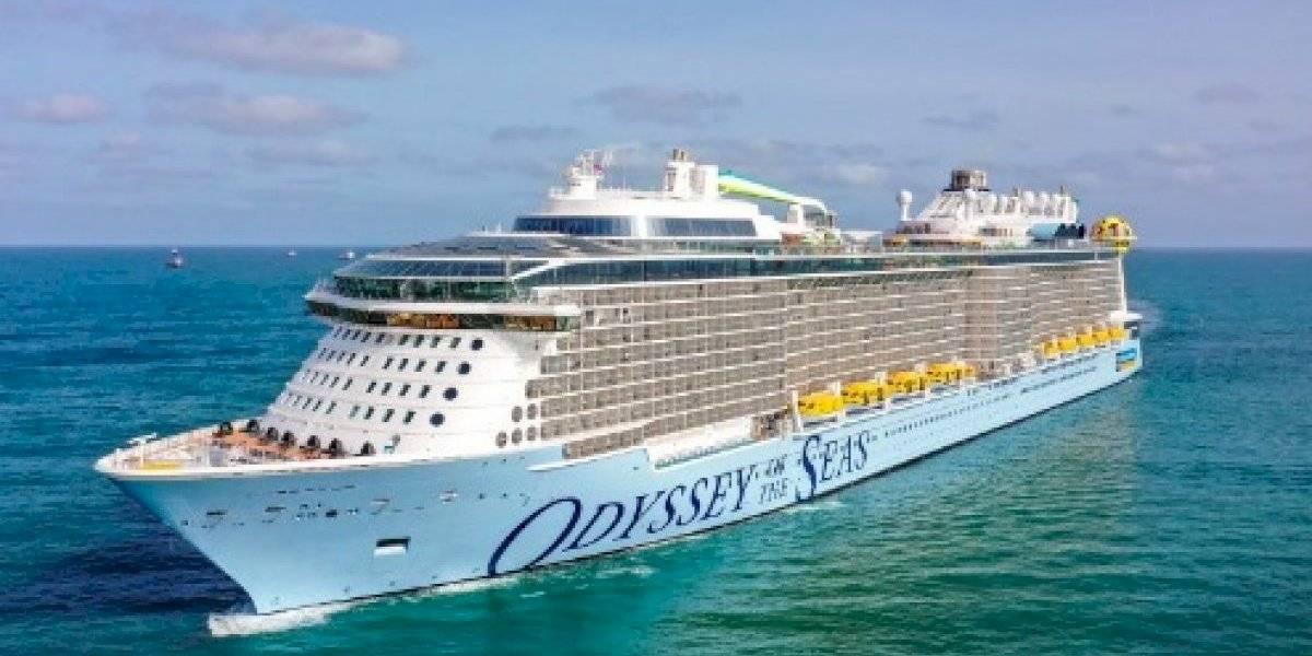 Royal Caribbean pospone salida de crucero por empleados positivos al COVID