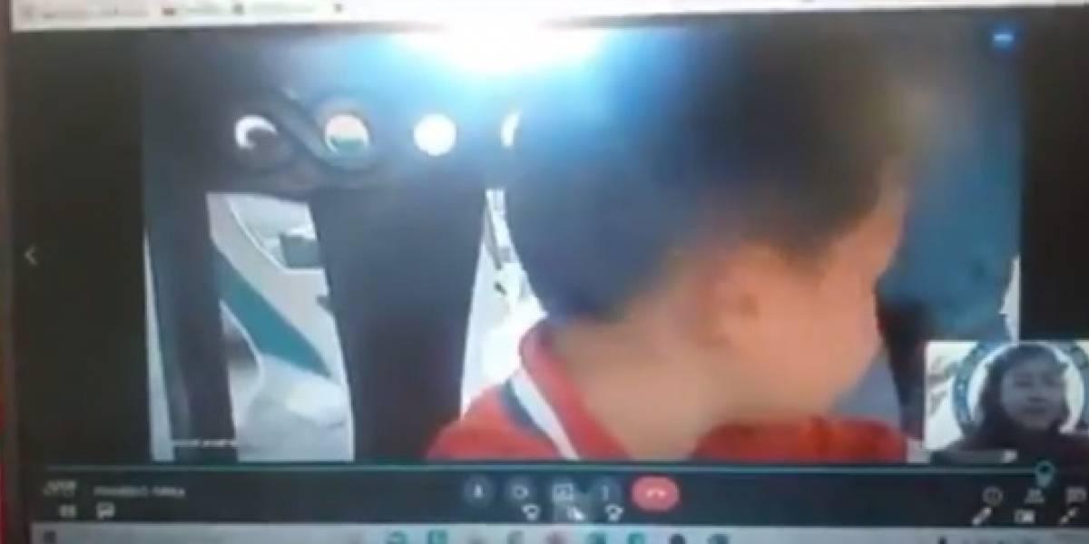 VIDEO | Niño no pudo terminar clase virtual porque ladrón entró a su casa y le robó el computador