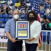 Así celebra Ivonne Solla el inicio del voleibol superior en su honor