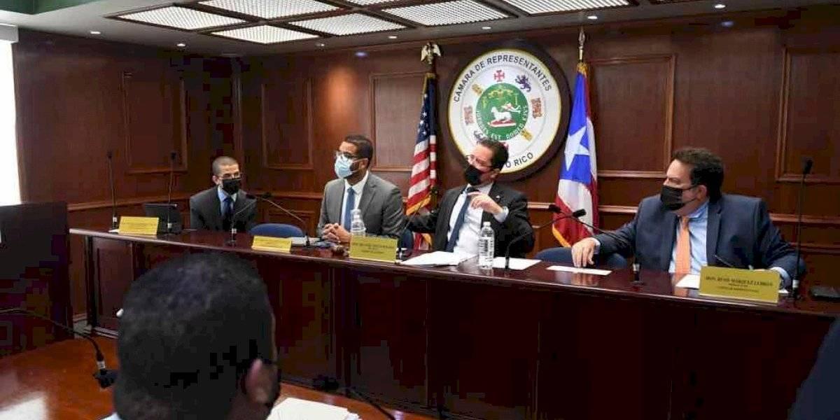 Comisión cameral aprueba medidas para prohibir discrimen contra comunidad LGBTQ