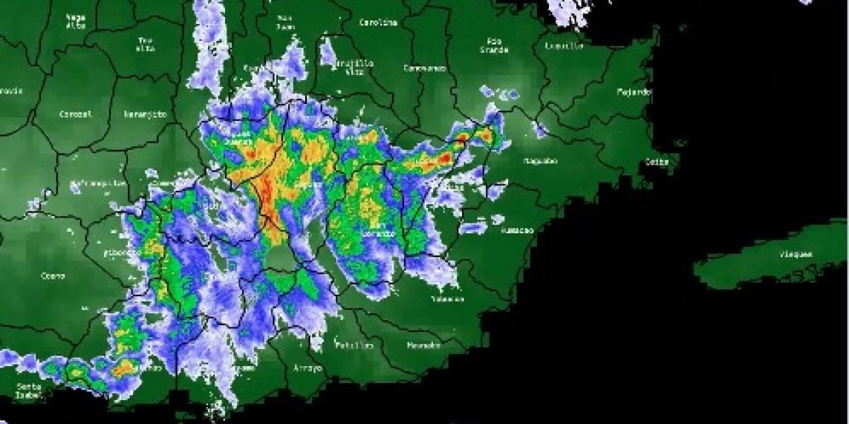 Onda tropical seguirá produciendo aguaceros y tronadas sobre el área local
