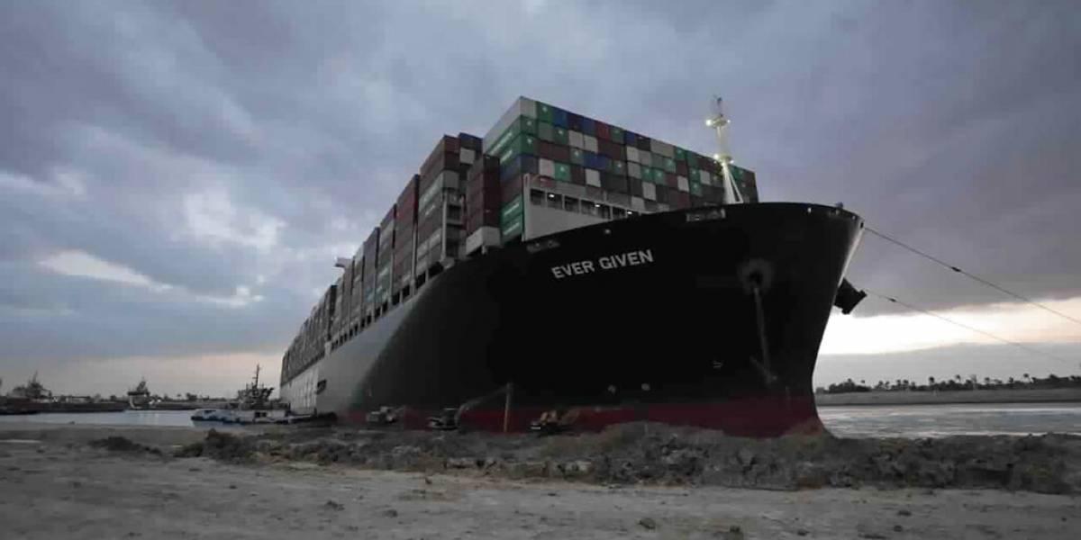 Tribunal egipcio aplaza caso del buque que cerró el Canal de Suez