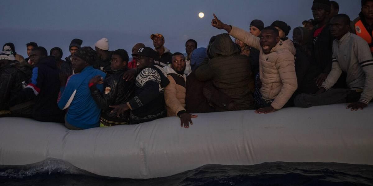 Acusan a guardias libios de agresiones sexuales a menores