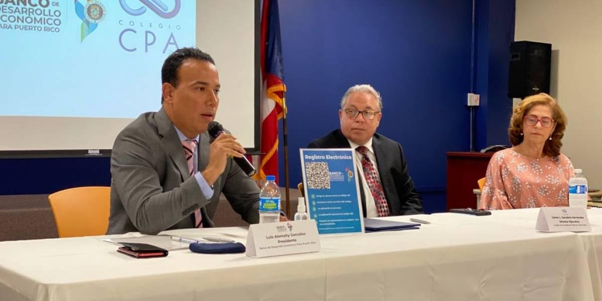 Firman acuerdo para ofrecer servicios especializados a clientes del BDE