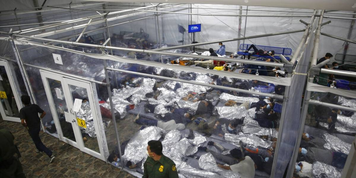 Niños migrantes en Estados Unidos desesperados por salir de albergues