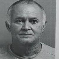 Presentan cargos contra hombre por agredir a su pareja desde hace 17 años