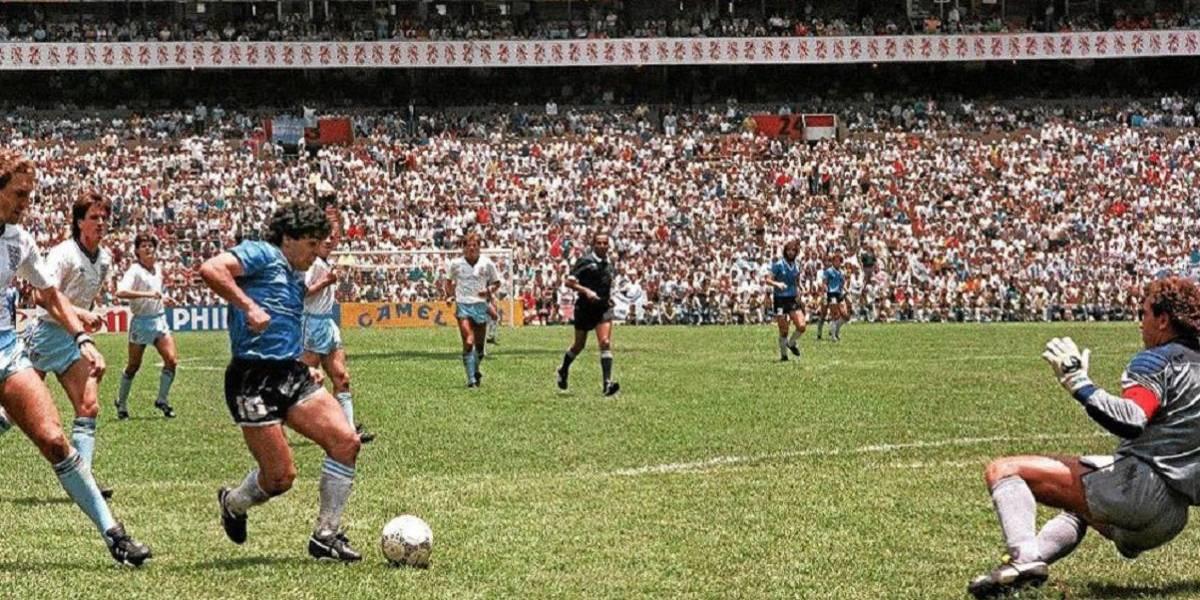 A 35 años del día que Diego Armando Maradona inventó el gol del siglo