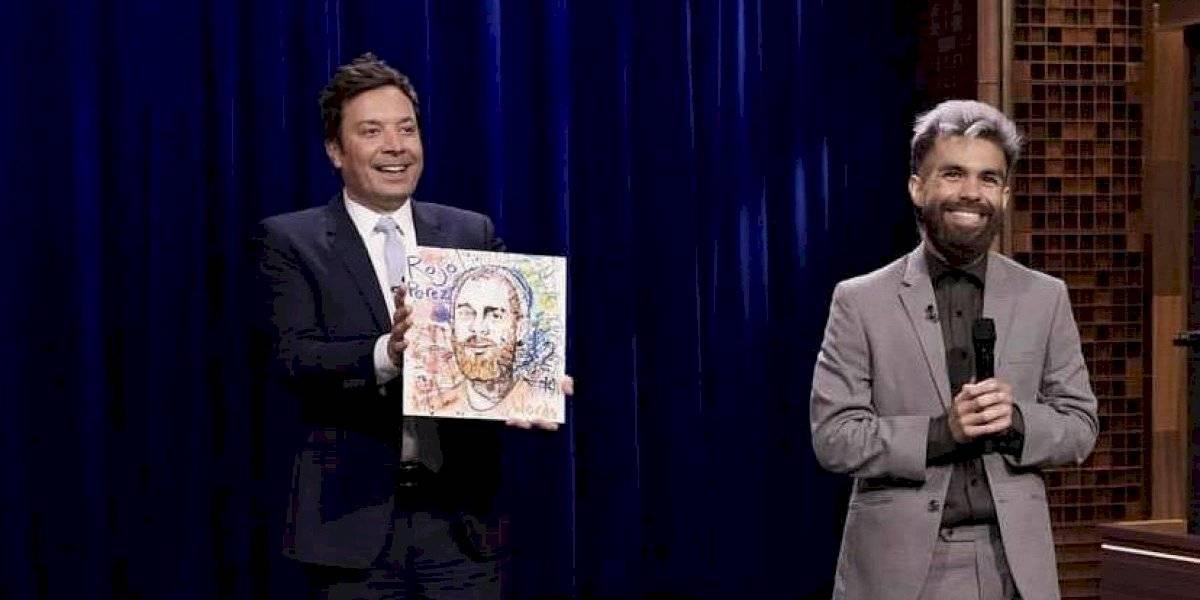 Comediante boricua se presenta en el show de Jimmy Fallon