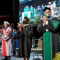 RUM gradúa a 2,023 estudiantes durante su colación de grados