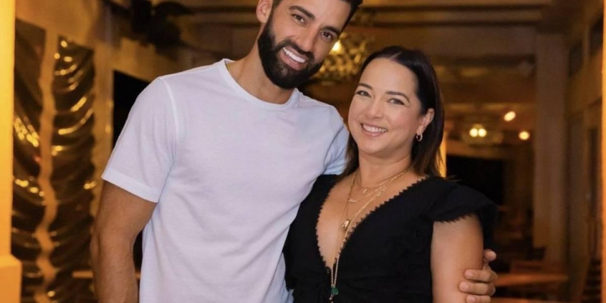 Adamari López vuelve a usar su anillo de compromiso y se va de vacaciones con Toni Costa y su hija