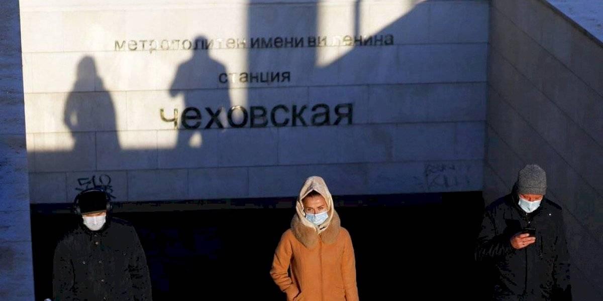 Rusia reporta 652 nuevas muertes diarias por COVID-19