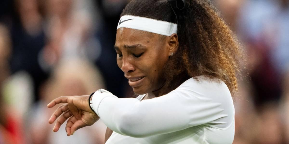 Serena Williams rompe en llanto tras retirarse de Wimbledon por lesión