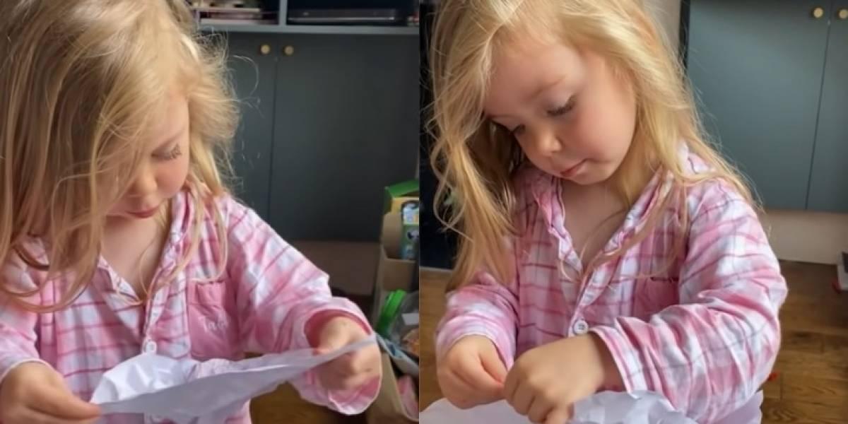 Niña de tres años encontró dibujo que hizo para su mamá en la basura y así reaccionó